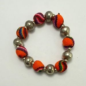 FREE W/ PURCHASE!! Vintage Beaded bracelet